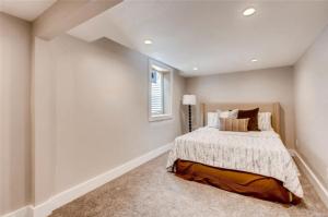 Webinar Deal bedroom