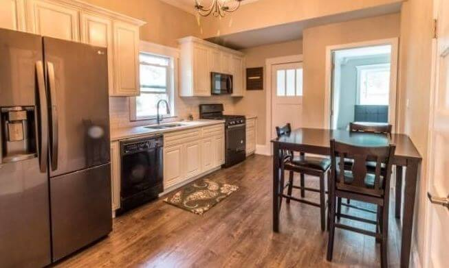 1895 duplex rental in Colorado Springs kitchen